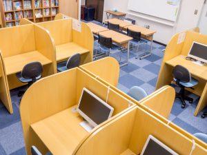 高橋塾2階自習スペース